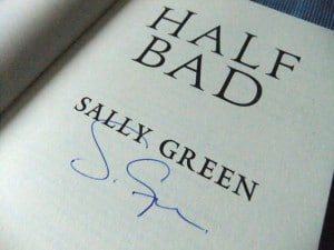 Sally Green: Half Bad Signierte Titelseite