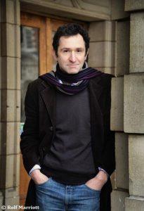 Jonathan Stroud, Autor von Das grauenvolle Grab