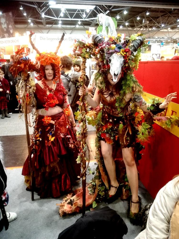 Super kostümierte Cosplayer auf der Leipziger Buchmesse 2018. Buchmesse online - ein Konzept für die Zukunft?