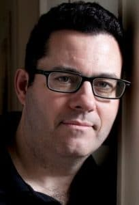 Adrian McKinty, Autor von THe Chain