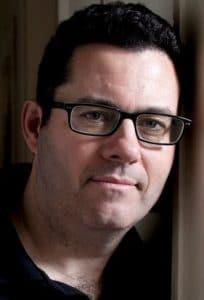 Adrian McKinty, Autor von THe Chain